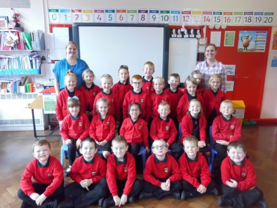 Primary 2/3 with Miss Fulton and Mrs Chestnutt